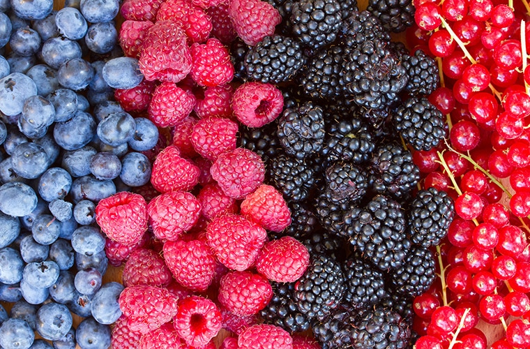 berries heart healthy food