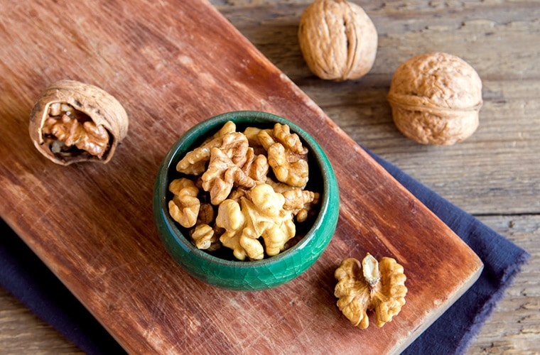 walnuts heart healthy food