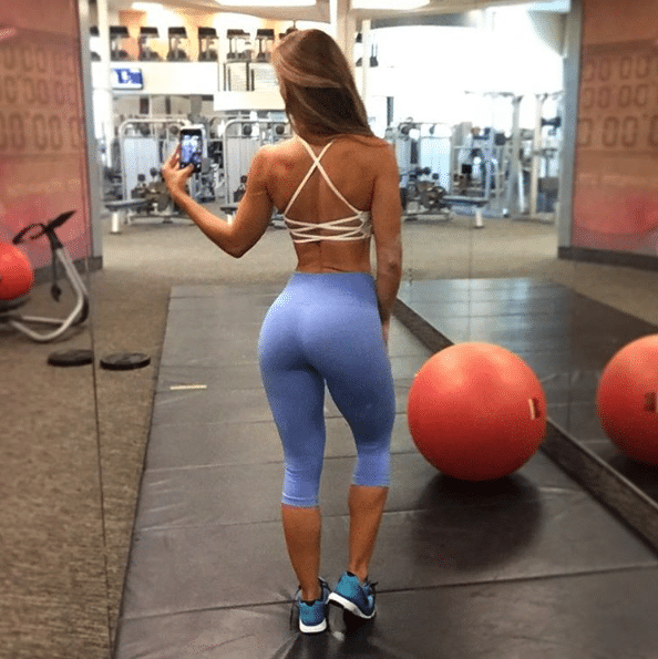 Jessie Delgado back exercises for women