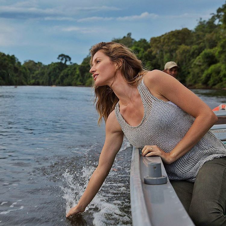 Gisele Bundchen How to Build Neck Muscles