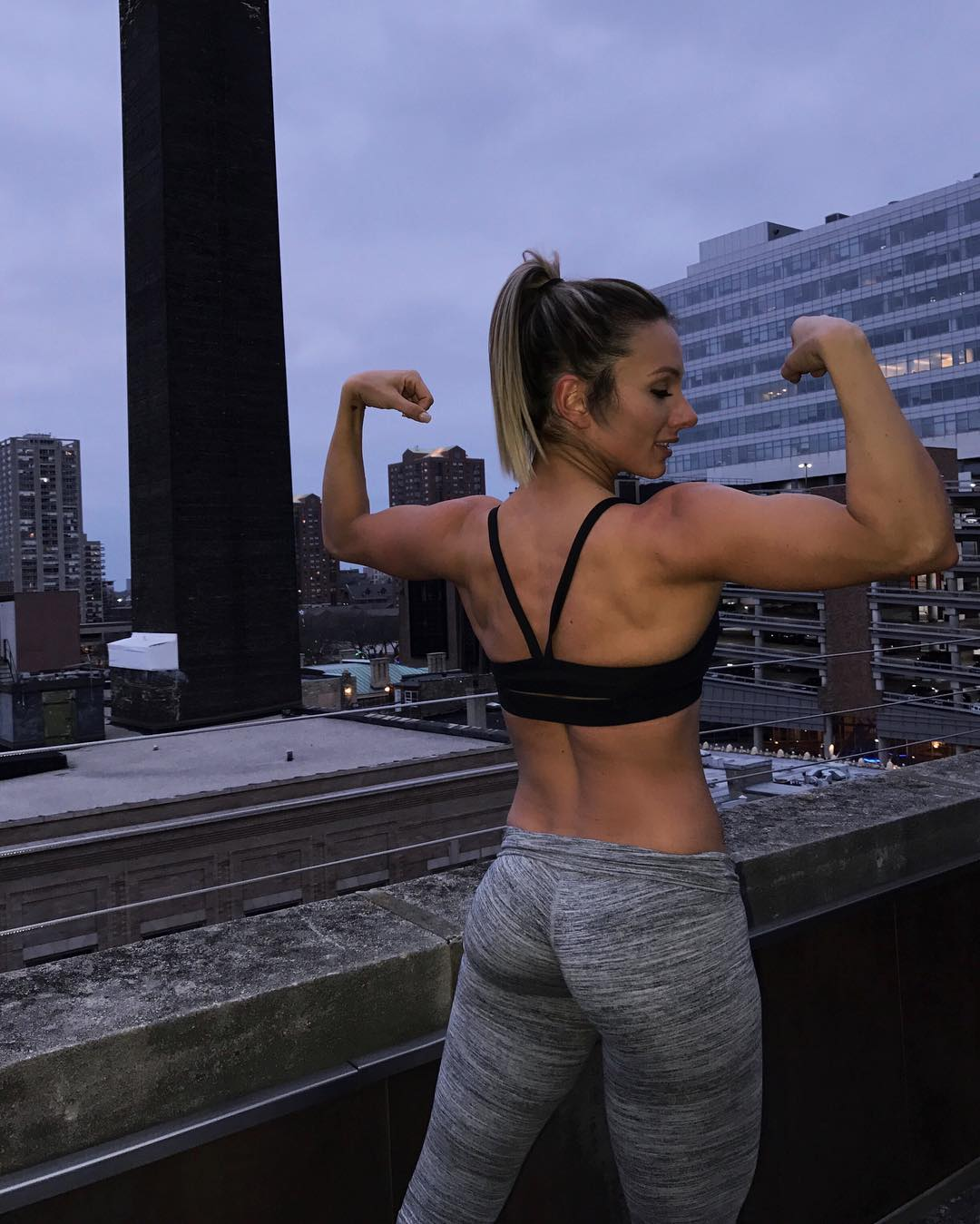 Paige Hathaway hamstrings workout