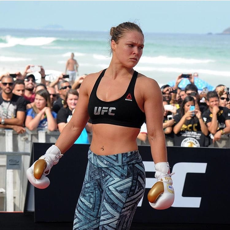 Ronda Rousey Female Neck