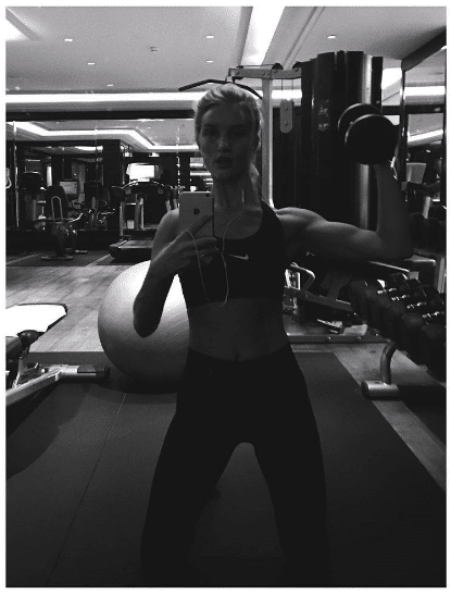 Rosie Huntington-Whiteley Good Tricep Workouts