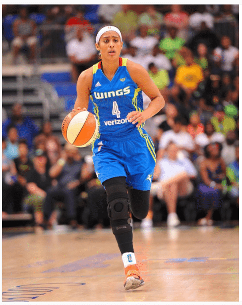 Skylar Diggins Female Shoulders